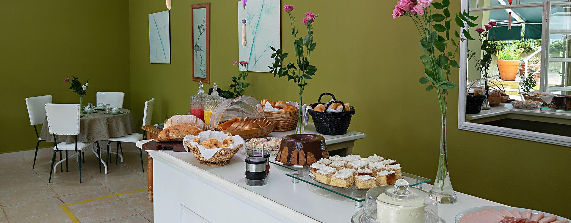 Café da manhã em Brotas – Villa do Conde